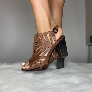 Carlos Santana Brown leather block heels Womens7.5